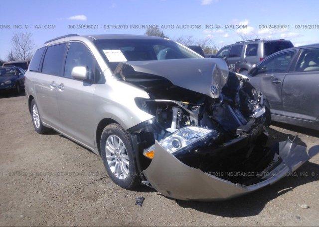 Inventory #637733415 2015 Toyota SIENNA