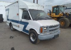 2002 CHEVROLET EXPRESS G3500 - 1GBHG31R921152857 Left View