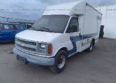 2002 CHEVROLET EXPRESS G3500 - 1GBHG31R921152857 Right View