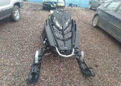 2015 POLARIS RMK 800 - SN1CG8GS3FC538775 close up View