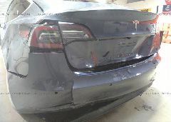 2018 Tesla MODEL 3 - 5YJ3E1EA1JF030598 detail view