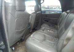 2004 Chevrolet TAHOE - 1GNEK13Z14J323304 front view