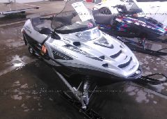 2003 POLARIS SNOWMOBILE