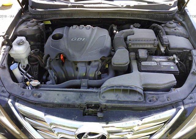 5NPEC4AC2BH039742, Mv-907A dark blue Hyundai Sonata at
