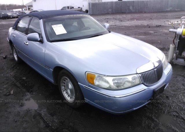 1l1fm81w5wy728694 Clear Black Lincoln Town Car At Saint Paul Mn On
