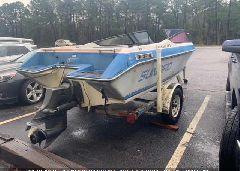 1990 SUNBIRD CORSAIR 185 - SB2R0513A090 rear view