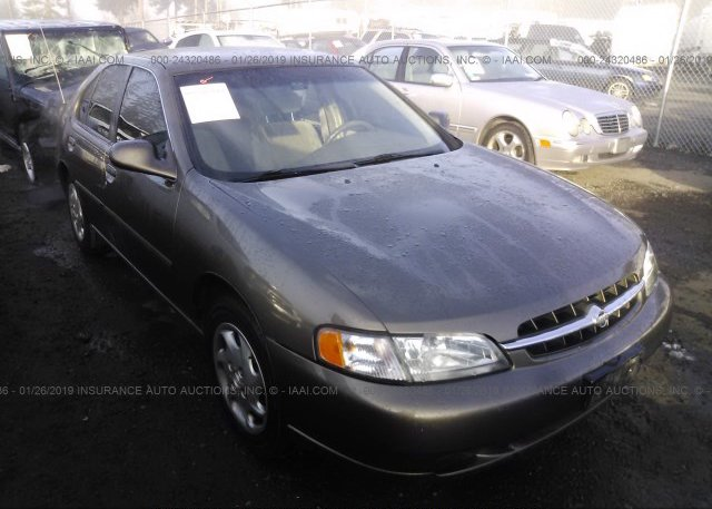 Inventory #847079277 1998 Nissan ALTIMA