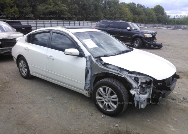 1n4al2ap9bc181352 Salvage White Nissan Altima At Knoxville Tn On