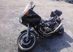 1982 HONDA CB750 - JH2RC0118CM202028 Right View
