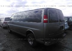 2006 Chevrolet EXPRESS G3500 - 1GAHG39UX61272718 [Angle] View