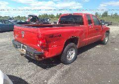 2006 Dodge DAKOTA - 1D7HW22K86S717163 rear view