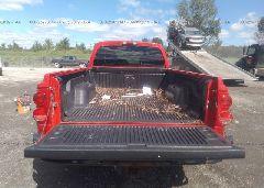 2006 Dodge DAKOTA - 1D7HW22K86S717163 front view