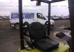 2008 CLARK FORKLIFT - TMX25018359803KF front view