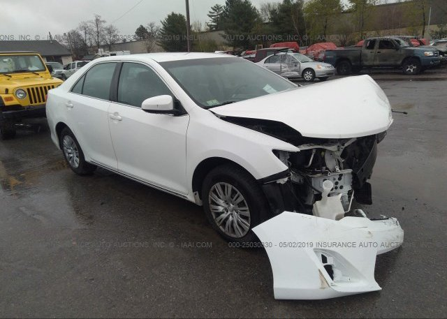 Toyota Salem Nh >> 4t1bf1fk9cu527730 Salvage White Toyota Camry At Salem Nh