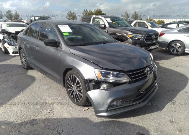 Inventory #681935689 2015 Volkswagen JETTA