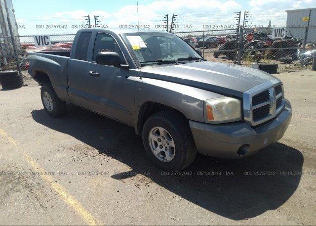 Inventory #608883111 2005 Dodge DAKOTA