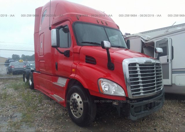 Freightliner Of Nh >> 1fubgadv1clbf7269 Salvage White Freightliner Cascadia 113