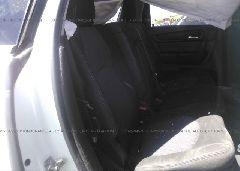 2016 Chevrolet TRAVERSE - 1GNKRGKD2GJ131126 front view