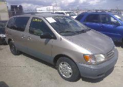 2002 Toyota SIENNA - 4T3ZF19C52U463095 Left View