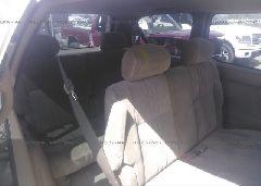 2002 Toyota SIENNA - 4T3ZF19C52U463095 front view