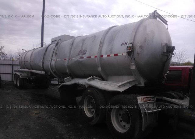 Inventory #678705876 2000 HEIL CO TANK