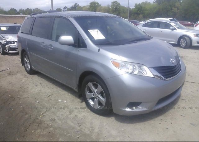 Inventory #786840017 2011 Toyota SIENNA