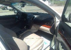 2010 Subaru OUTBACK - 4S4BRBKC0A3329150 close up View