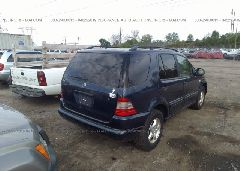 2000 Mercedes-benz ML - 4JGAB54E8YA178578 rear view