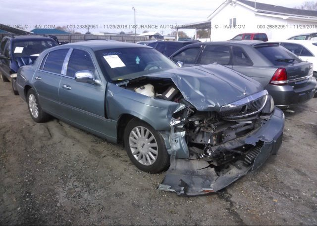 1lnhm81w25y635170 Salvage Green Lincoln Town Car At Simpsonville
