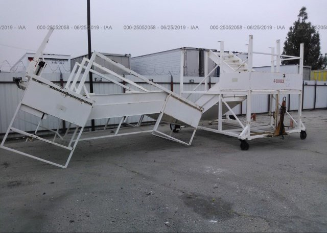 1999 EQUIPMENT GSE 99 - 00000000000048083