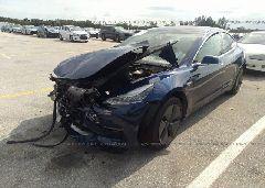 2018 Tesla MODEL 3 - 5YJ3E1EA7JF154293 Right View