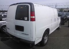 2004 Chevrolet EXPRESS G3500 - 1GCHG35U041224770 rear view