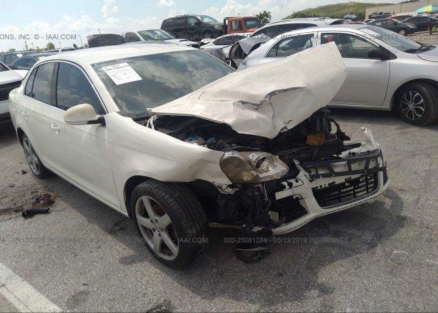 Inventory #833627642 2005 Volkswagen NEW JETTA