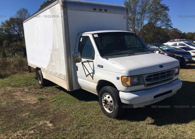 Inventory #105831463 2002 FORD ECONOLINE