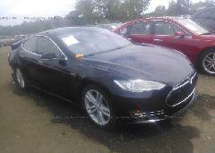 2014 Tesla MODEL S - 5YJSA1H24EFP65500 Left View