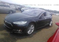 2014 Tesla MODEL S - 5YJSA1H24EFP65500 Right View