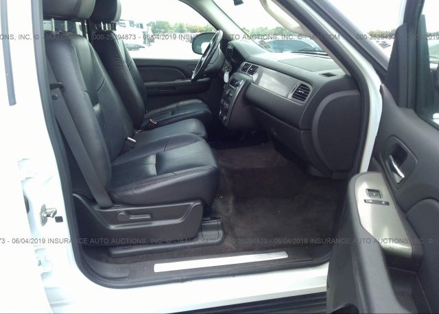 2008 Chevrolet TAHOE - 1GNFC130X8R250069