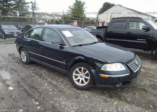 Inventory #655633947 2004 Volkswagen PASSAT