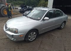 2005 Hyundai ELANTRA - KMHDN46D95U991697 Right View