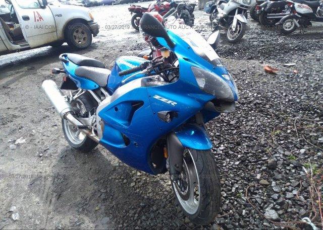 JKAZX4J1X8A072941, Salvage blue Kawasaki Zx600 at EUGENE