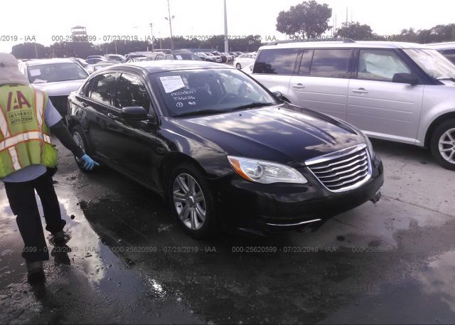 Inventory #445027880 2013 Chrysler 200