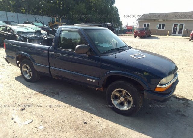 Inventory #892233838 2003 Chevrolet S TRUCK