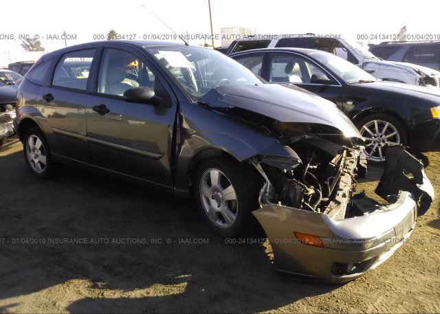 Inventory #914216180 2005 FORD FOCUS