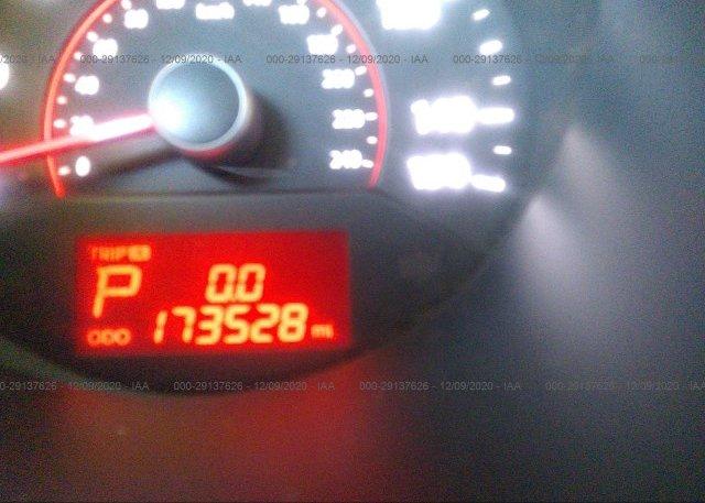 5XYKT3A10BG173071 2011 KIA SORENTO