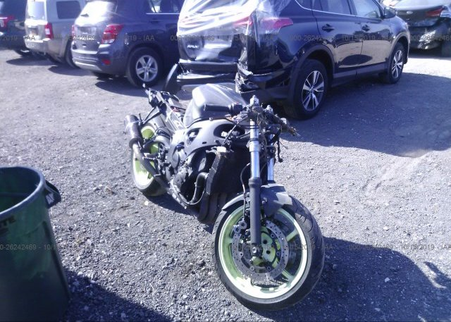 Inventory #168682663 2003 Yamaha YZFR6