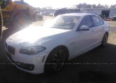 2016 BMW 528 - WBA5A7C58GG644024 Right View