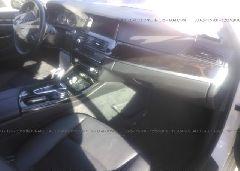 2016 BMW 528 - WBA5A7C58GG644024 close up View