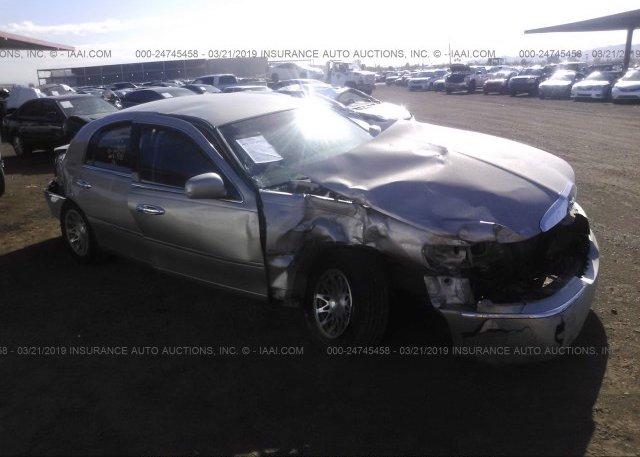 1lnhm82w91y700301 Salvage Tan Lincoln Town Car At Phoenix Az On