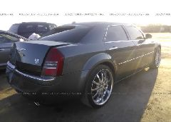 2005 Chrysler 300C - 2C3AA63H05H519496 rear view
