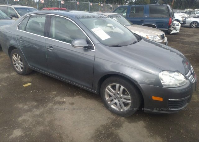 Inventory #659178004 2005 Volkswagen NEW JETTA